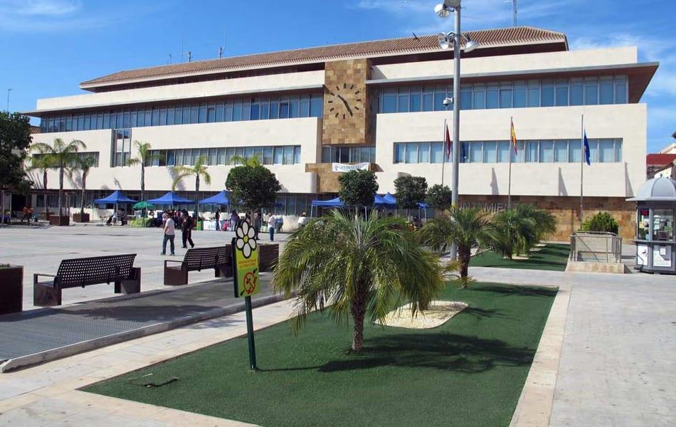 El Ayuntamiento de San Javier deberá más de un millón de euros de deuda por el alumbrado local