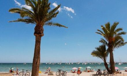 José Miguel Luengo, alcalde de San Javier critica que el Gobierno central carece de protocolo para playas a 48 horas de su apertura