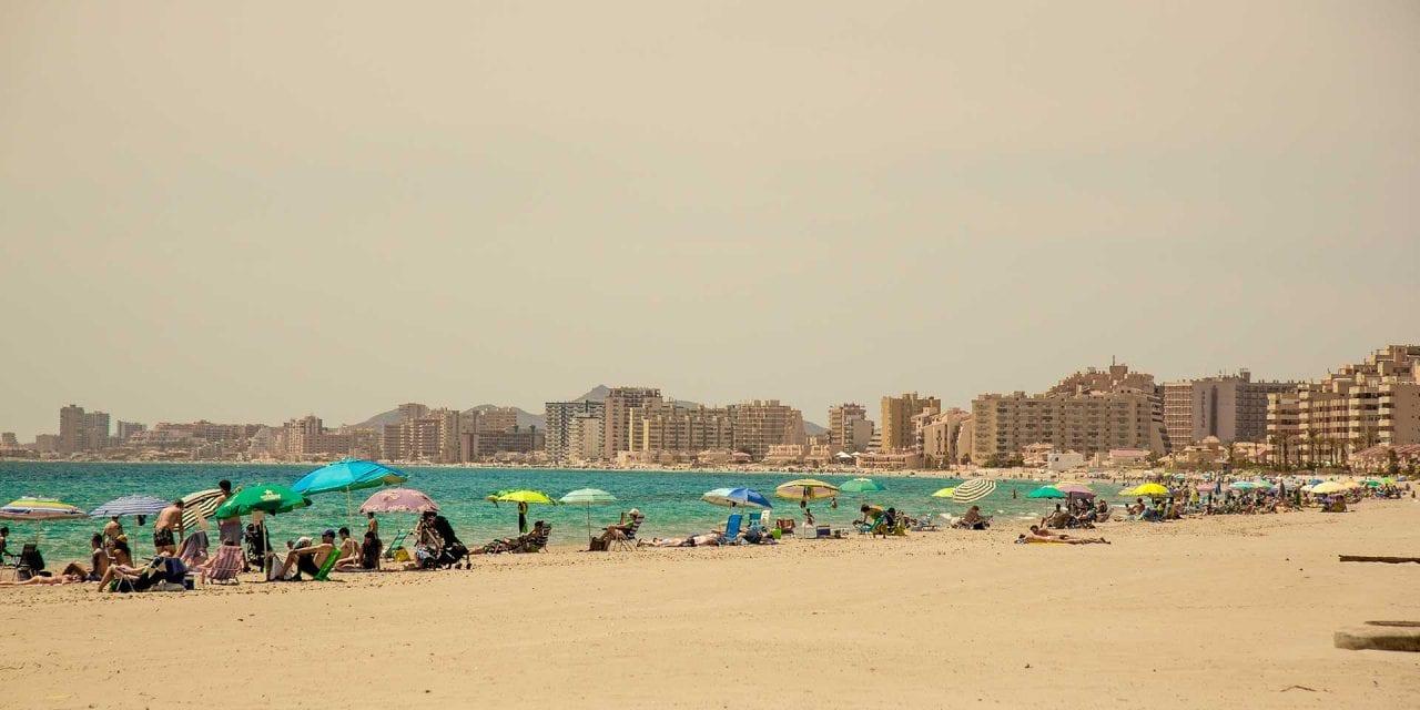 Comienza  el verano 2019 con playas de Mar Menor más equipadas y vigiladas