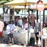 Mercado artesano del Mar Menor en Santiago de la Ribera, dedicado a la Mujer en su Día Internacional