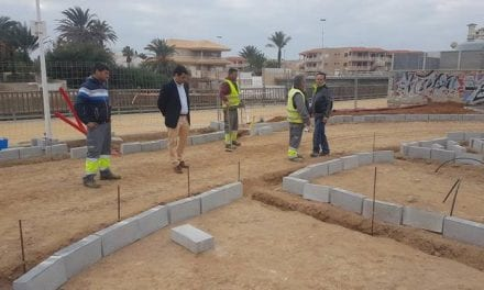 Empiezan las obras de dos nuevos aparcamientos nuevos en La Manga