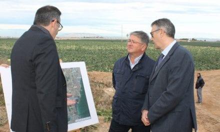 El alcalde de Los Alcázares se ha mostrado satisfecho por el inicio de las obras del canal de drenaje D7