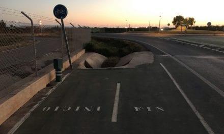 Salir por el carril bici de Santiago de la Ribera al aeropuerto y acabar en un barranco