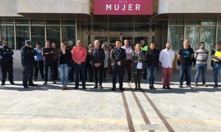 El Ayuntamiento de San Javier celebra un minuto de silencio en el aniversario de los atentados terroristas del 11M