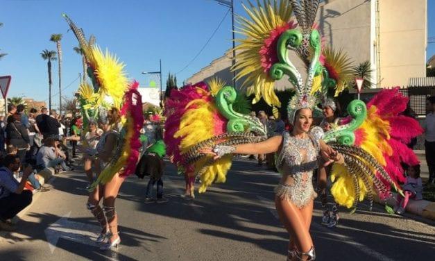 Una gran fiesta en Carnaval de Santiago de la Ribera 2019