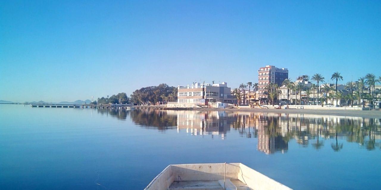 Se ha autorizado por Medio Ambiente el drenaje de los lodos en las orillas de las playas del Mar Menor