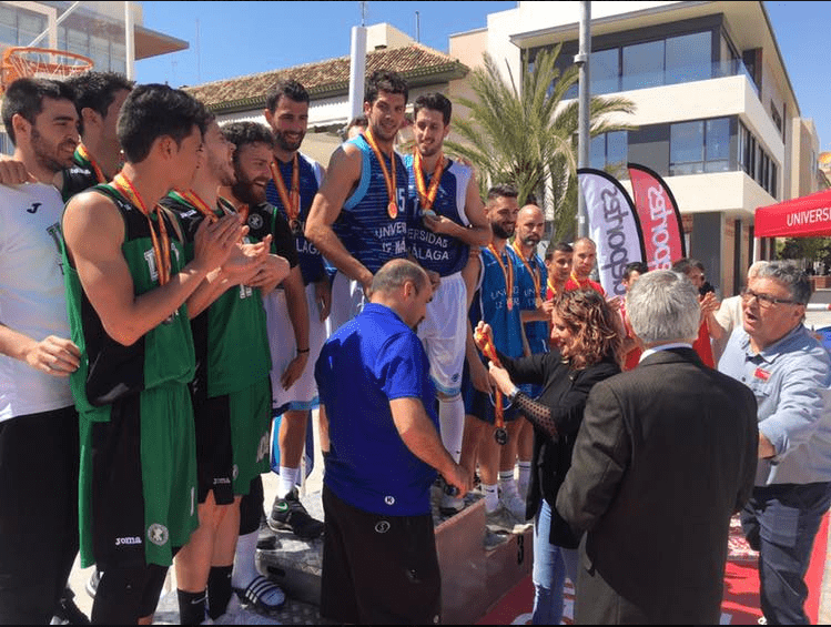 Los campeones de los finales del Campeonato España Universitario Basket 3×3 en San Javier