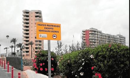 El puente de Puerto Bello en La Manga reabre con restricciones para vehículos pesados