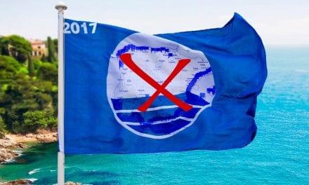 El Mar Menor sin las banderas azules otro año por su deficiente estado