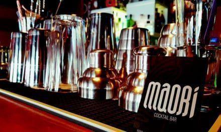 Maori Cocktail Bar: El lugar de cócteles y de copas de Santiago de la Ribera