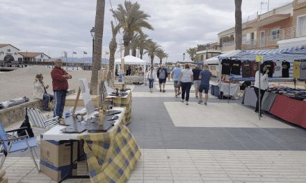 Mercado Artesano de Los Alcázares 2019 hoy 22 de junio 2019