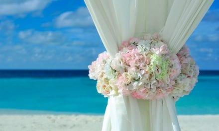 En la Manga del Mar Menor se ha multado a un restaurante  por celebrar una boda en la playa