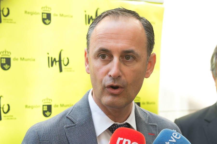 Javier Celdrán: La turbidez del Mar Menor es debido al oleaje que ha habido en los últimos días