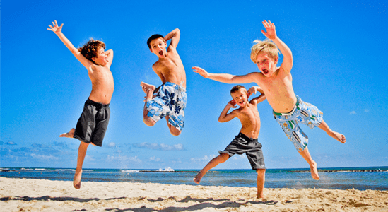 'L.A. playa+divertida' en Los Alcázares