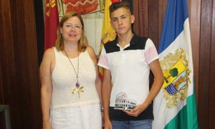 Antonio Muñoz vecino pinatarense consigue el primer premio en baile flamenco de un concurso europeo