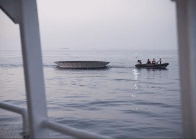 Greenpeace instala una sartén gigante en La Manga del Mar Menor para protestar contra el calentamiento global 5