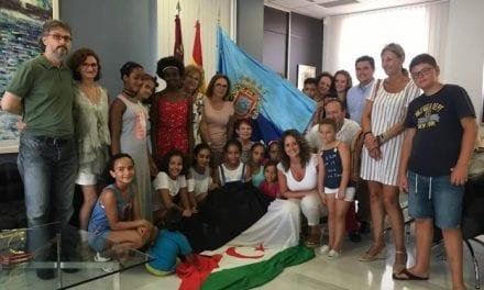 Menores saharauis pasan el verano con familias de San Javier
