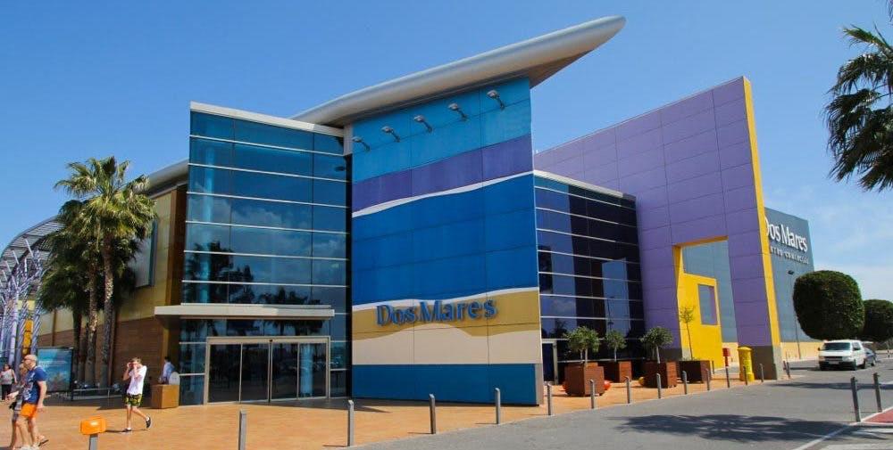 El empresario cartagenero Tomás Olivo compra el Centro Comercial Dos Mares por 28,5 millones de euros