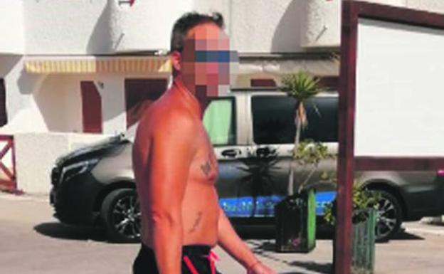 El agresor de un socorrista en La Manga afronta unas diligencias penales por supuestas lesiones y daños y una posible multa hasta 60.000 euros