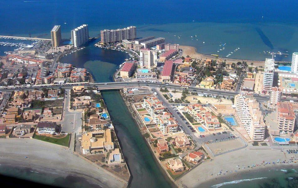 El plan para dragar el canal de Marchamalo en La Manga abre otro frente en la gestión del Mar Menor
