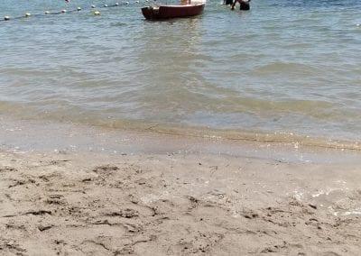 Degradación y reducción de la zona de baño en Playa de Castillicos en Santiago de La Ribera 4