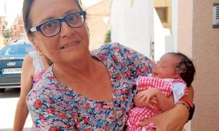 La bebé abandonada hace unos días en Torre Pacheco se llamará María e irá con una familia canguro