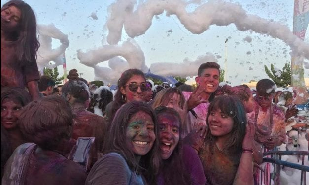 Un millar de personas disfrutaron de la la Holi Day Party 2019 en San Pedro del Pinatar