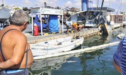 Explosión de un barco en el Club Náutico de Lo Pagán
