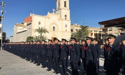 El alcalde de San Javier recibe en el Ayuntamiento a los nuevos alumnos de la Academia General del Aire