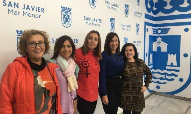 """""""EmPlazArte"""" comienzan los actos por el Día para la Eliminación de la Violencia contra la Mujer en San Javier"""