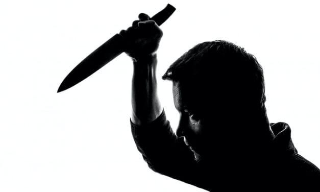 Detienen a un menor de 16 años por acuchillar a otro en Santiago de La Ribera