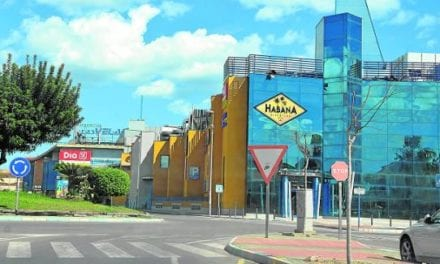 Suspendido el desahucio del centro comercial Las Velas de Los Alcázares