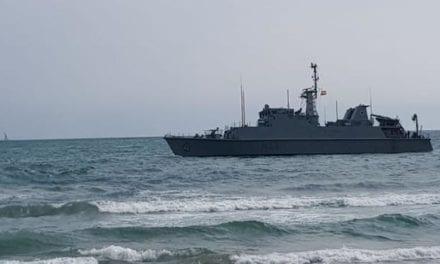 El cazaminas Turia, que encalló a finales de agosto en La Manga será recuperado por la Armada