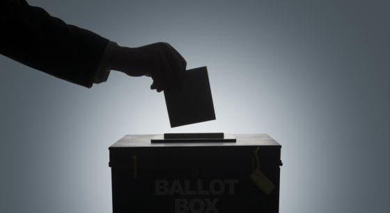 Buscando la urna perdida. Los organizadores de la ruta carnavalera de Santiago de la Ribera pierden una de las dos urnas con las votaciones  de los participantes
