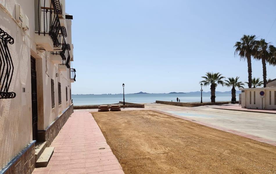 El ayuntamiento de Los Alcázares comienza la segunda fase del plan de parcheado en las calles del municipio