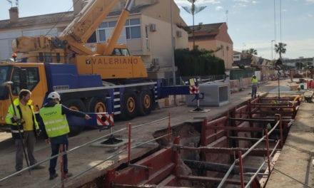 El ayuntamiento de Los Alcázares continua las obras de reparación de los colectores pluviales
