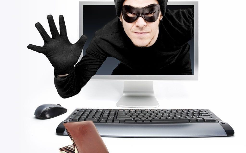 Se investiga a un hombre  por  estafas en la venta de productos online en San Javier
