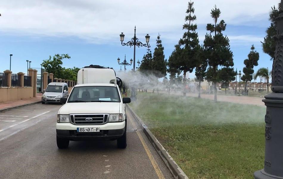 El Ayuntamiento de Los Alcázares refuerza las tareas de fumigación contra el mosquito tigre