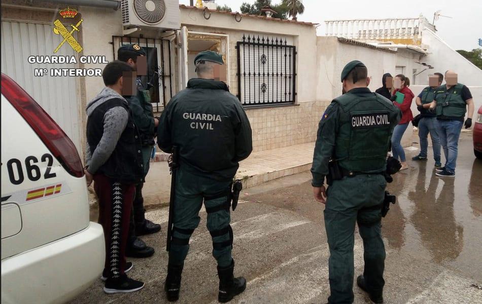 La Guardia Civil detiene a catorce personas por tráfico de droga en el Mar Menor
