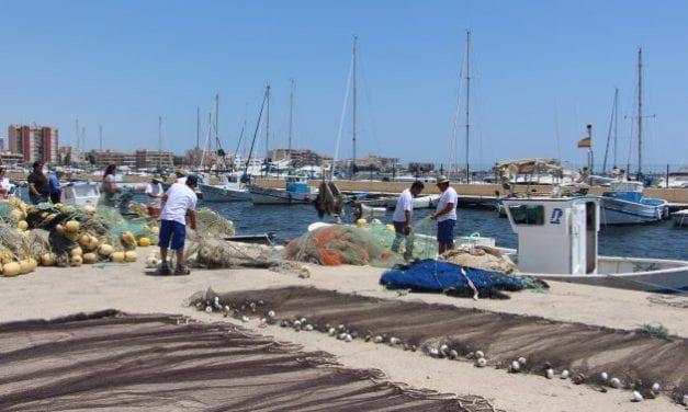 El Ayuntamiento de San Pedro del Pinatar otorga ayudas por valor de 40.000 euros a pescadores del municipio