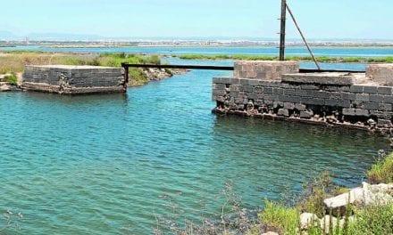 ¿Un dragado en Veneziola en un canal al norte de La Manga?