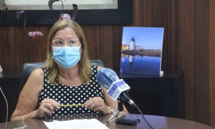 San Pedro del Pinatar aplaza el comienzo de las actividades de otoño e intensifica la vigilancia policial y la desinfección de espacios públicos