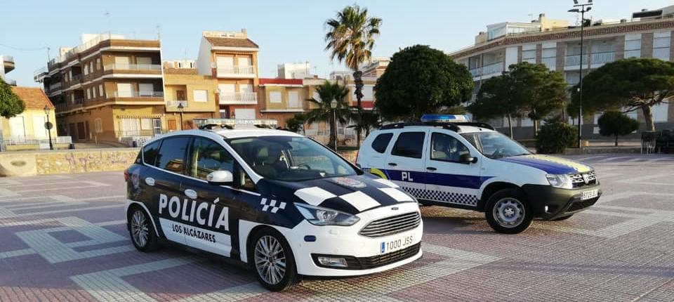 Ingresada un mujer mayor tras amenazar y lanzar vasos de cristal a sus vecinos en Los Alcázares