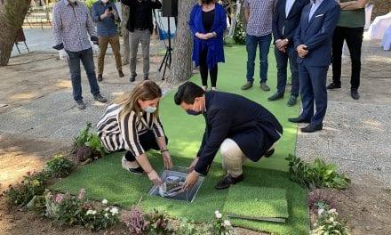 Las obras de remodelación del Parque Almansa arrancan con la colocación simbólica de la primera piedra