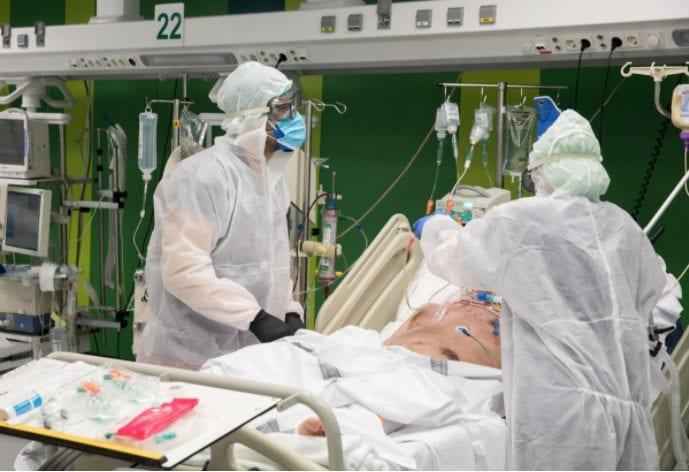 La tercera ola de COVID-19 hace estragos en los hospitales: 400 ingresados, 87 de ellos en Cuidados Intensivos