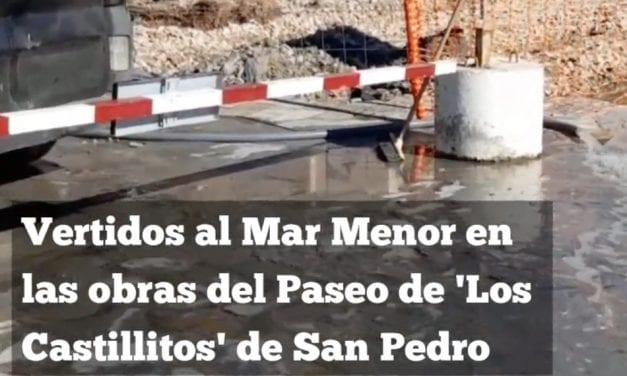 Vierten agua de tuberías al Mar Menor durante unas obras en San Pedro del Pinatar