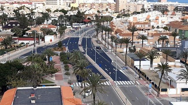 La remodelación de la rotonda de acceso a La Manga del Mar Menor aliviará los problemas de movilidad y seguridad