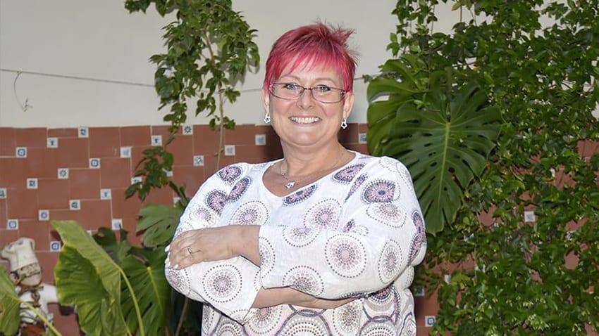 La toma de posesión de Joanne Patricia Scott como nueva concejal en el ayuntamiento de Los Alcázares